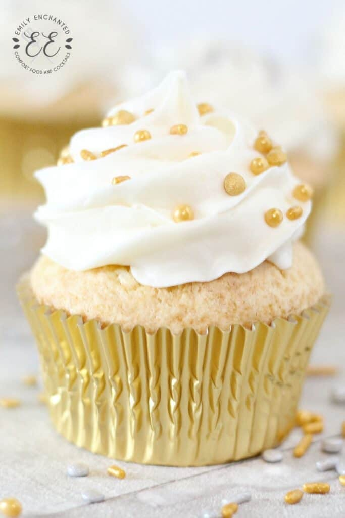 New Year's Champagne Cupcakes Recipe