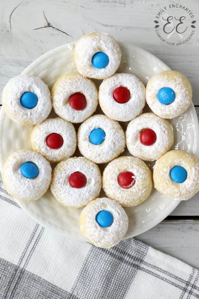 4th of July cookies are arranged on a plate.