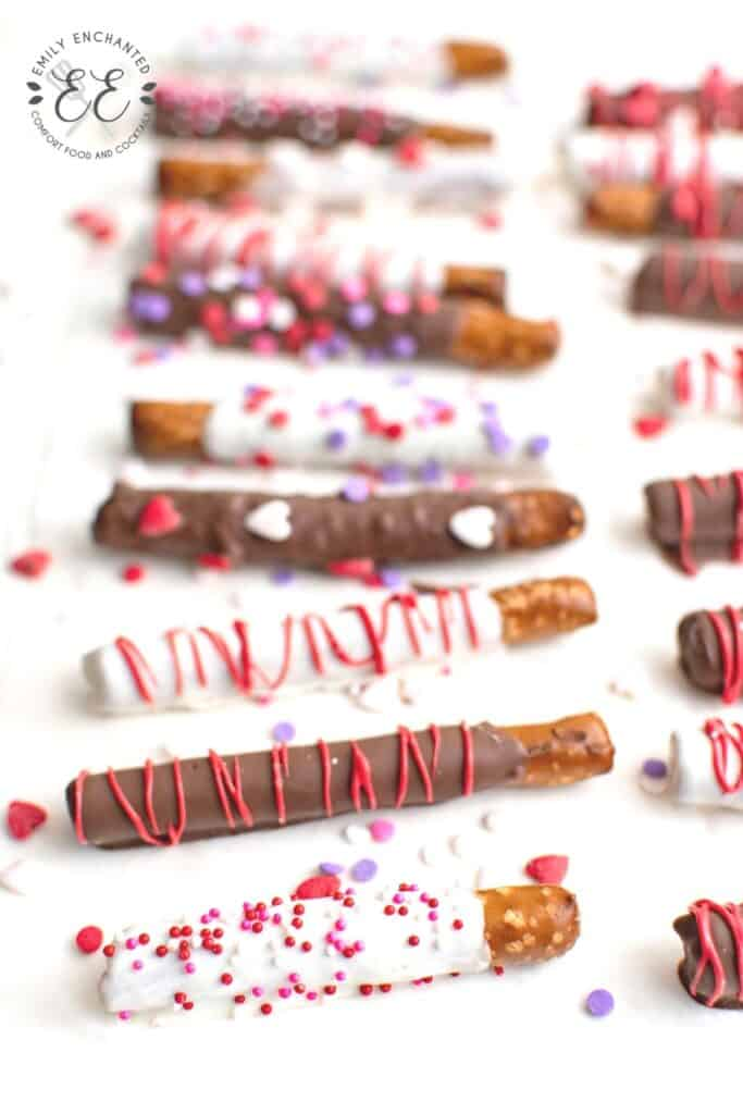 Valentine's Day Chocolate Covered Pretzels