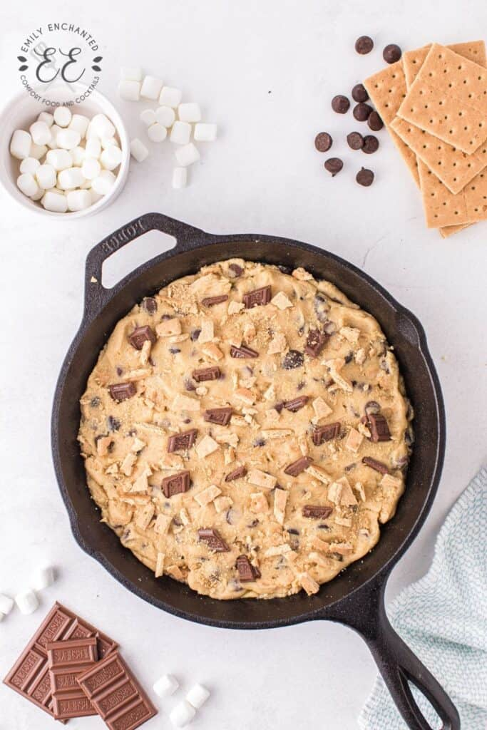 S'mores Cookies Baked in a Skillet