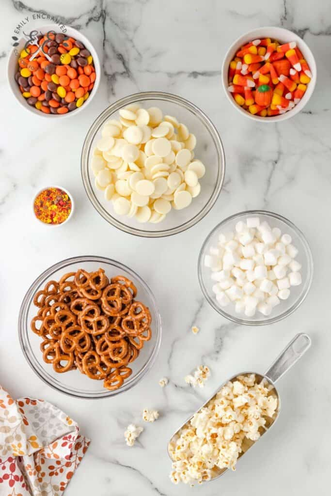 Fall Popcorn with Candy Corn and Pumpkins