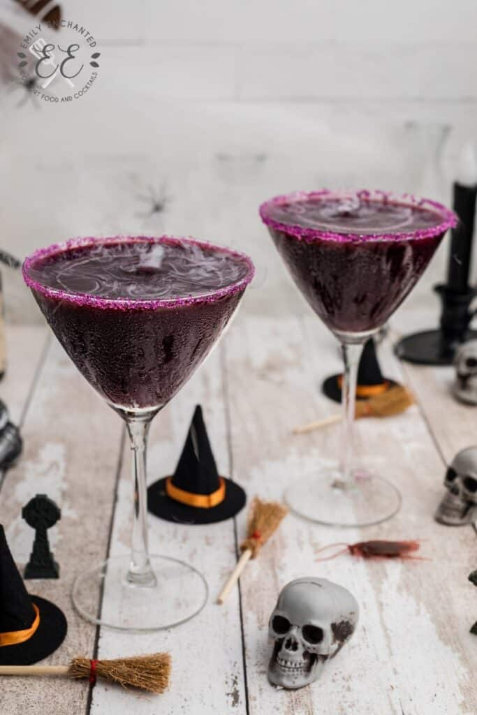 Spooky Cocktail with Dry Ice